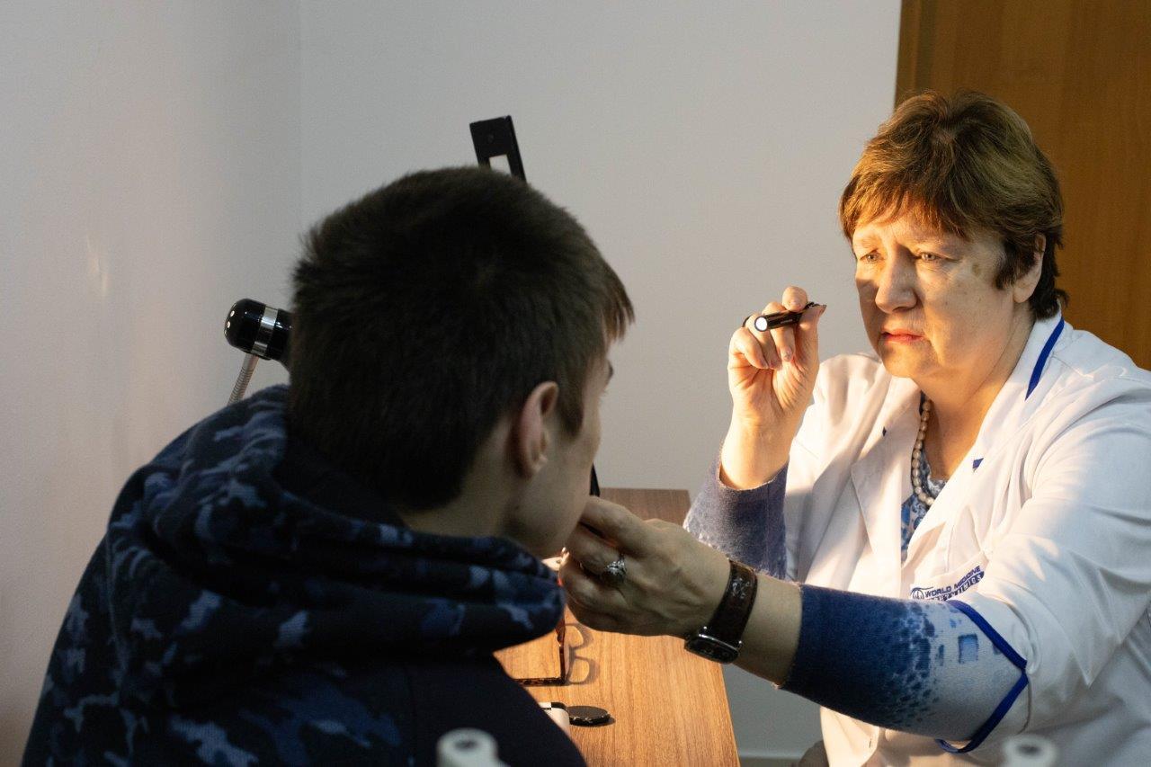 Консультативний прийом дитячого офтальмолога - Закарпатський центр зору та Закарпатський центр мікрохірургії ока