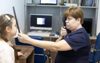 Консультативний прийом офтальмолога, м. Мукачево - Закарпатський центр зору та Закарпатський центр мікрохірургії ока